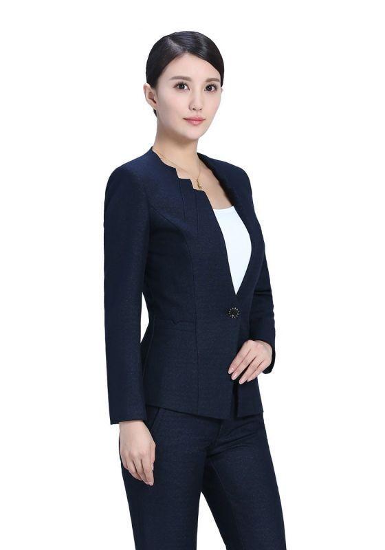定制职业装款式该怎样选择?